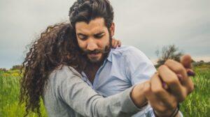 pareja-arreglo-matrimonial